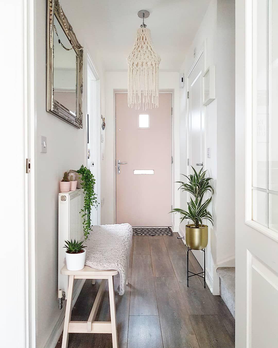 College Apartment Decor , Pink