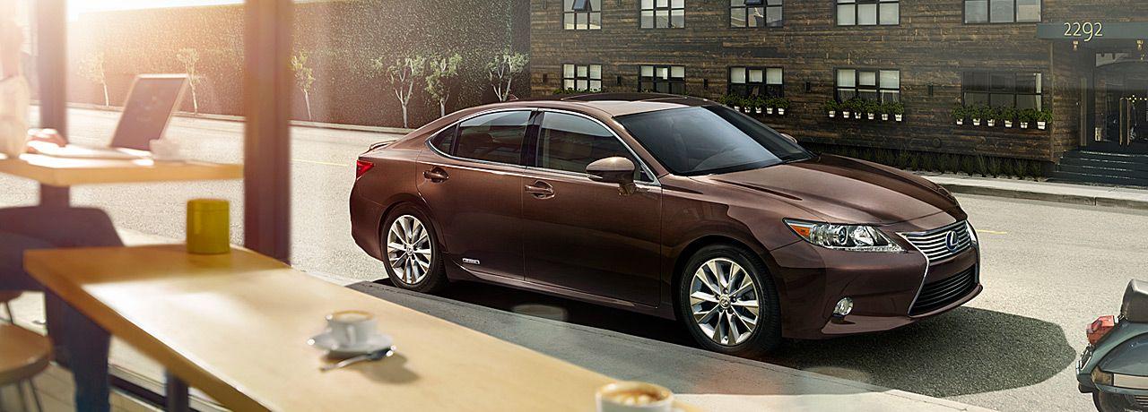 The First Ever Es 300h Hybrid Luxury Sedans Lexus Com Lexus Es Luxury Sedan Lexus