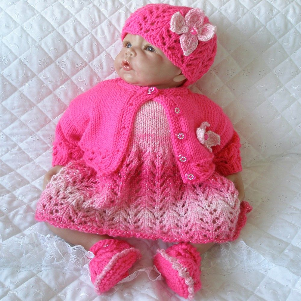 """KNITTING PATTERN DOUBLE KNIT MATINEE SET FOR 17/""""-22/"""" DOLLS 0-3 MONTH BABY"""