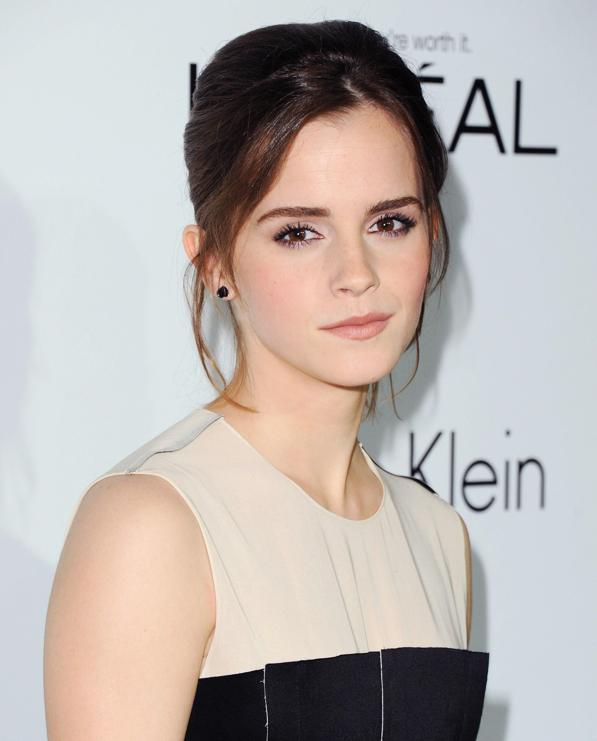 Watching in 2020 Emma watson, Emma, Fake pictures