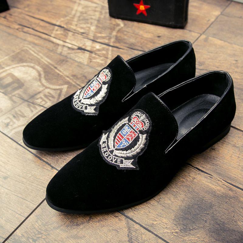43d536d655ef2a Luxury Brand Men Loafers Shoes Top Quality Back Shoes Fashion Embroidery Men  Velvet Loafers Casual Driving Shoes Men
