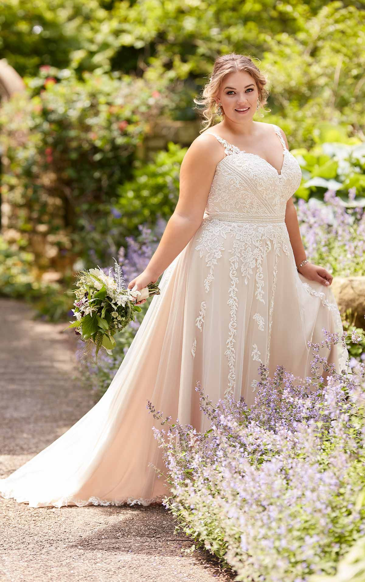 Plus Size Beach ALine Wedding Dress with Floral Lace in