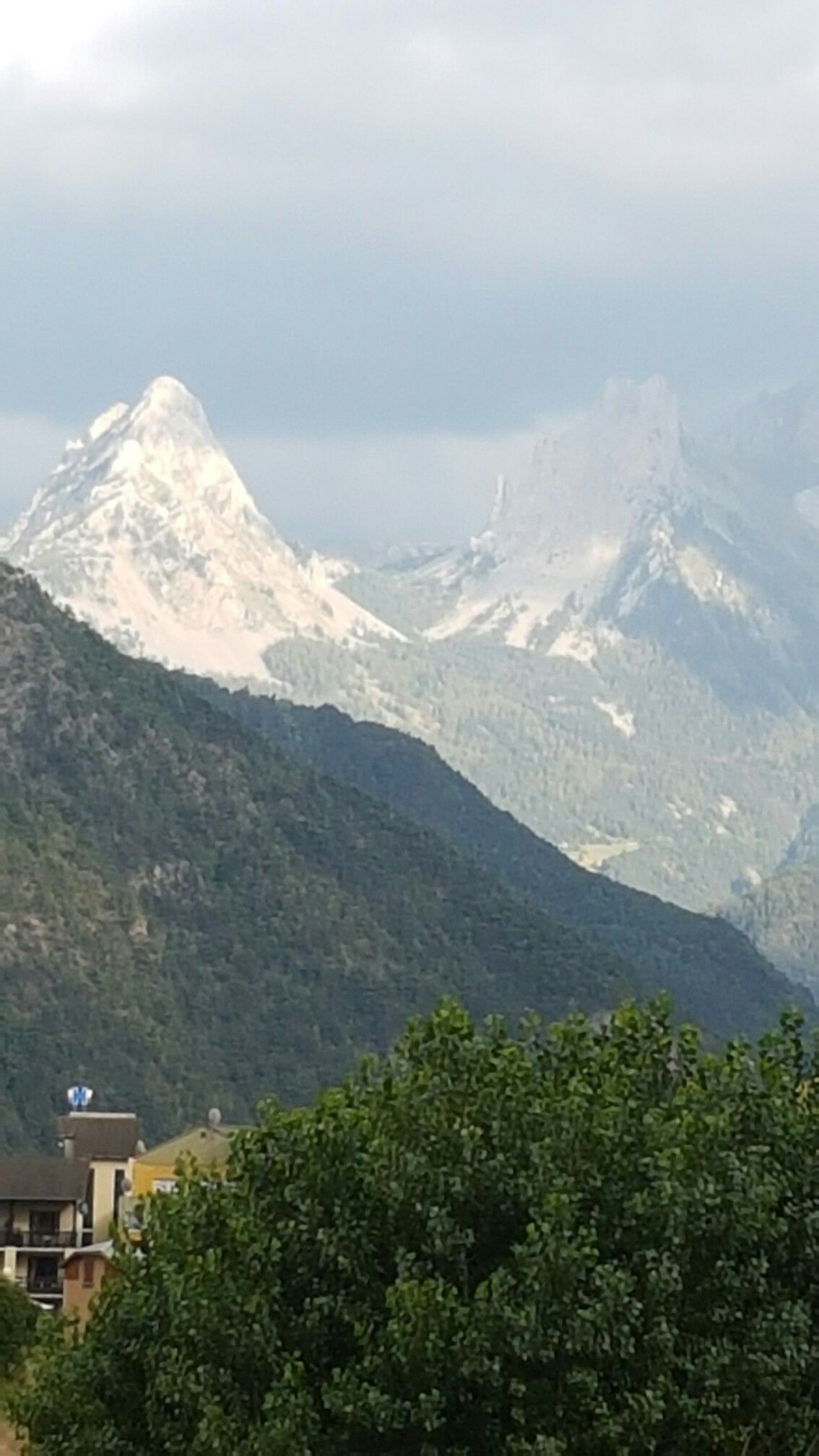 Vos Prochaines Vacances Au Ski Dans Les Alpes 04 Barcelonnette Reservez Vite Vacances Ski Vacances Ete Vacances