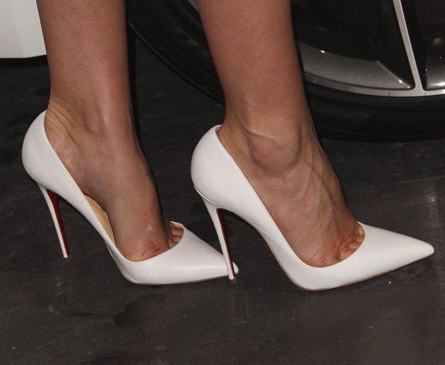 woman so kates | LEG SHOW! | Pinterest | Stilettos, High heel and Toe