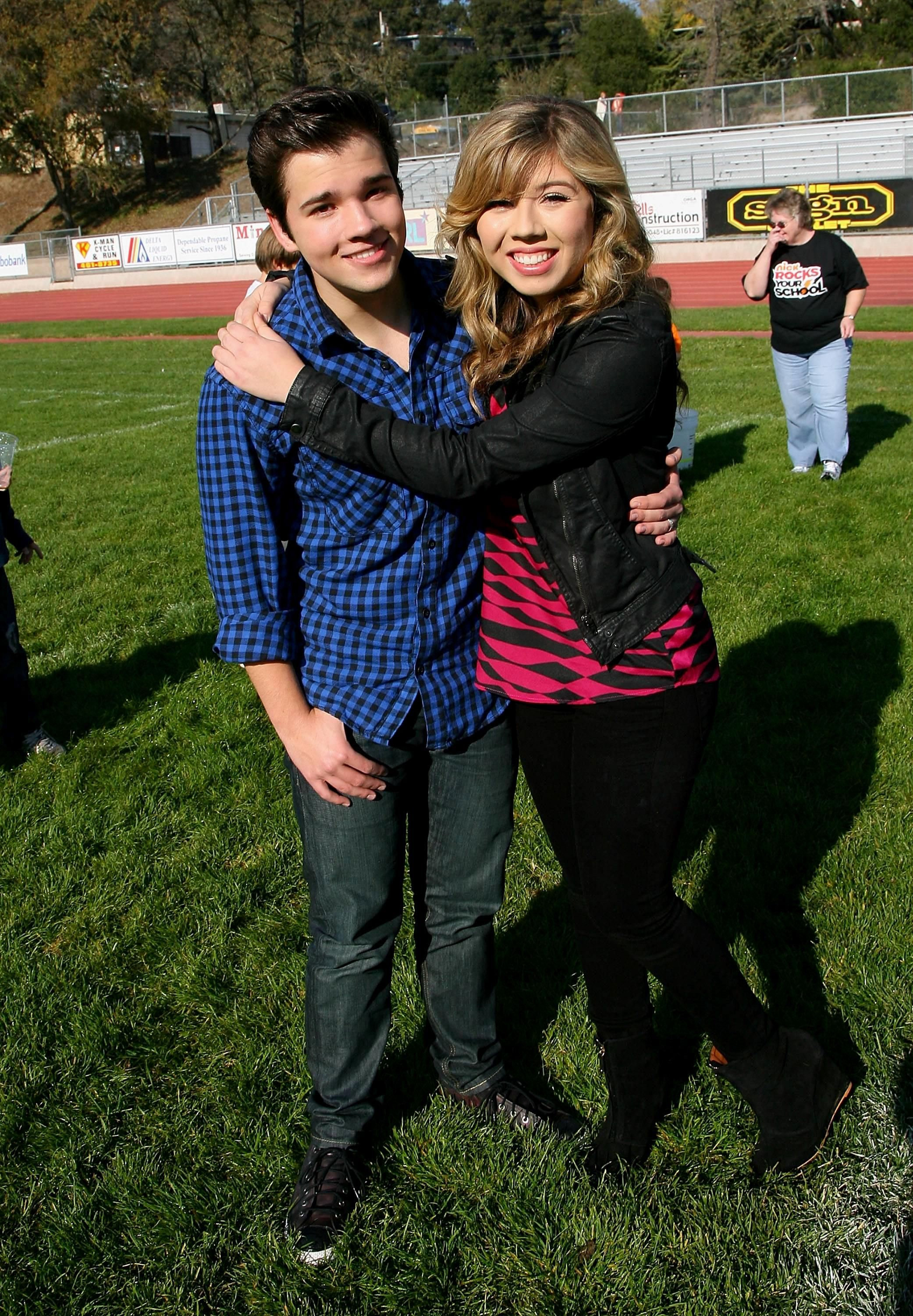 Jennette Mccurdy And Nathan Kress: Jennette McCurdy Literally Kills ICarly Co-Star Nathan