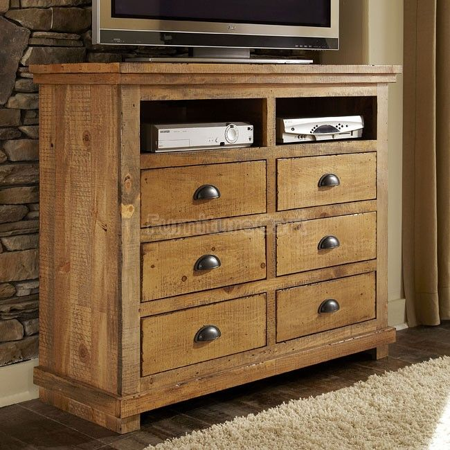 Willow Media Chest (Distressed Pine)