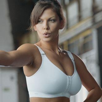 Anita Active Wear Front-Fastening Sports Bra. Beautiful ...