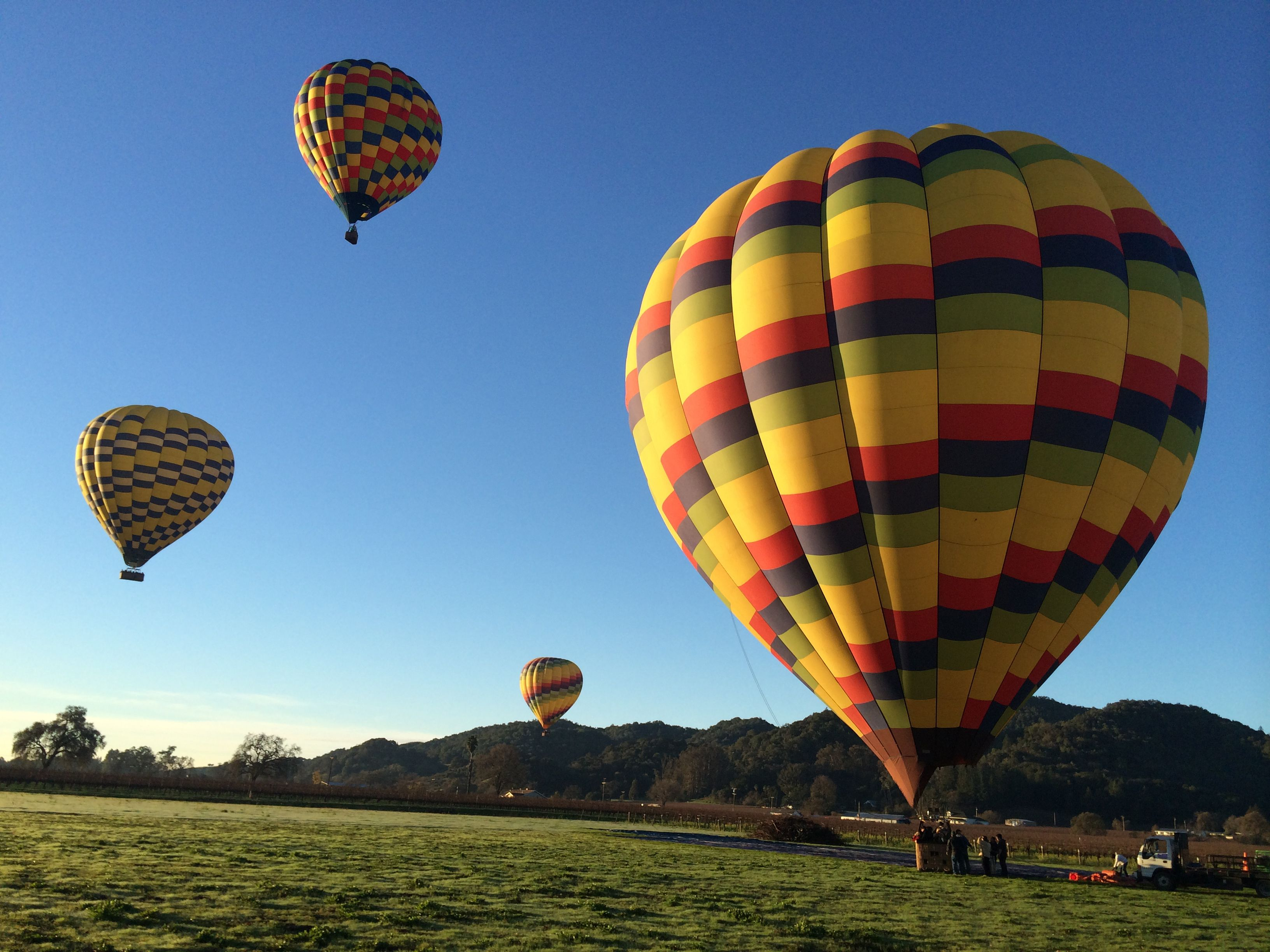 Balloons Above The Vally offers best deals for cheap hot