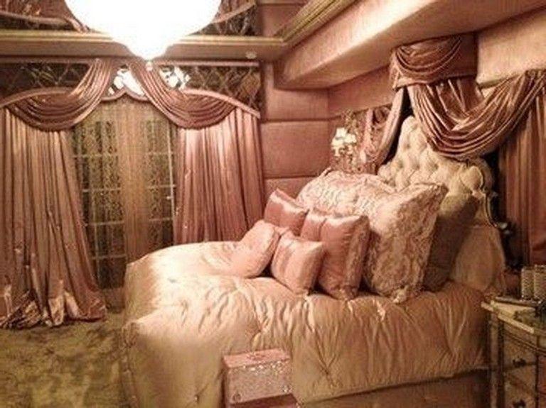 20 Best Old Hollywood Glamour Bedroom Interior Design Ideas Bedroomdecor Bedroomdesign B In 2020 Glamourous Bedroom Old Hollywood Bedroom Hollywood Glamour Bedroom