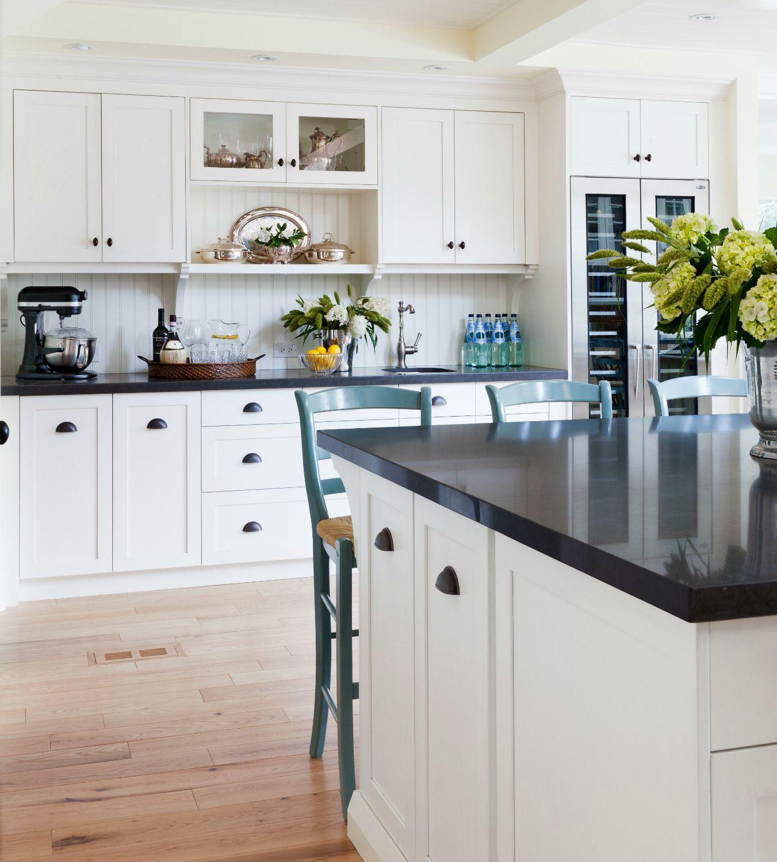 Style At Home Gather Around Carol Reed Interior Design In 2020 White Shaker Kitchen White Shaker Kitchen Cabinets Beadboard Kitchen