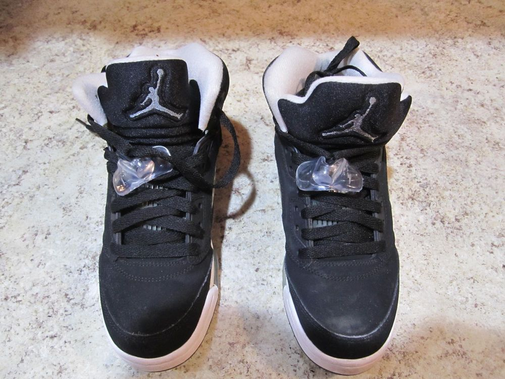 64aa308e0f1d Nike Youth Boys Size 4Y US Air Jordan V 5 Retro Oreo Black White 440888-035   fashion  clothing  shoes  accessories  kidsclothingshoesaccs  boysshoes  (ebay ...