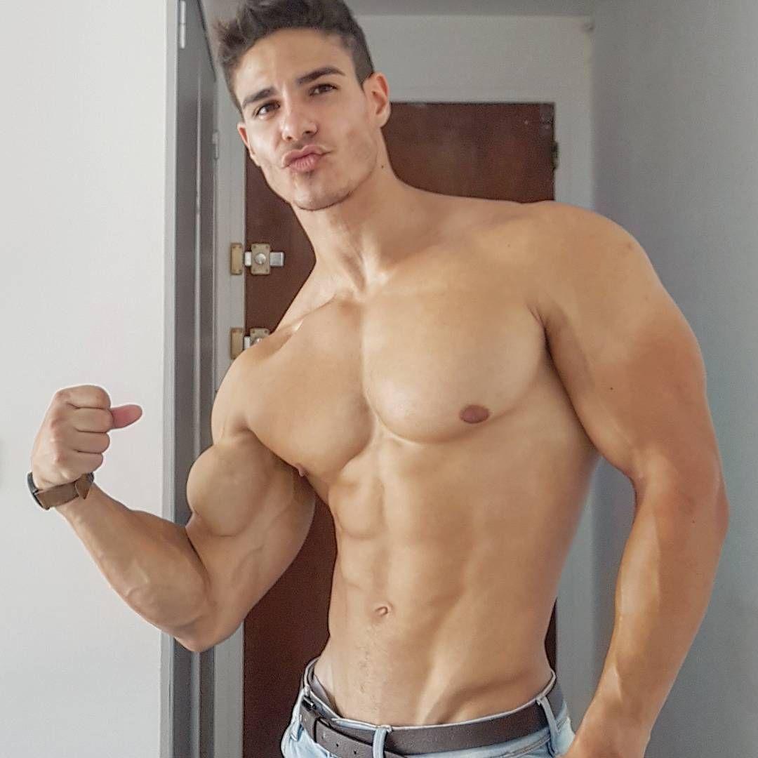 Sexy guy gets steamy massage