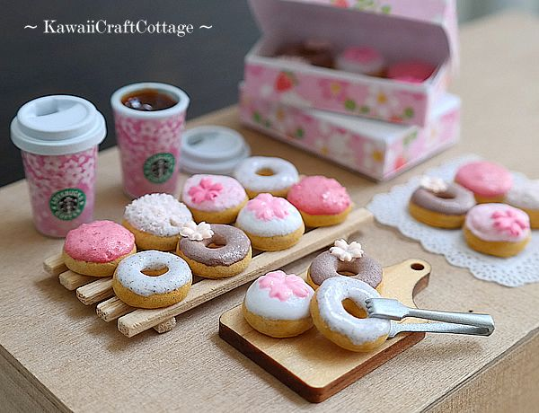 1:6 Miniature Food Donuts Doughnuts Dollhouse Miniature Starbucks Coffee Beverage Drinks Bakery Blythe Barbie bjd Dolls Playscale Fake Food #beverages