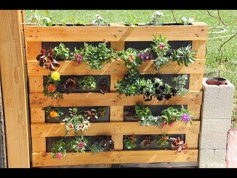 Fabriquer une jardini re ou un potager vertical en palette jardin et potage - Fabriquer son mur vegetal ...