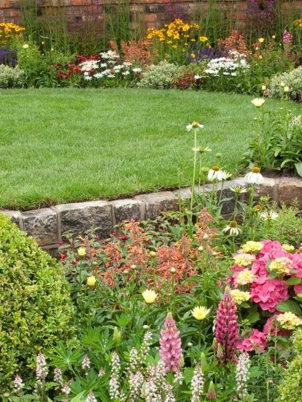 Natursteinmauer Rasen Garten Anlegen Englischer Stil