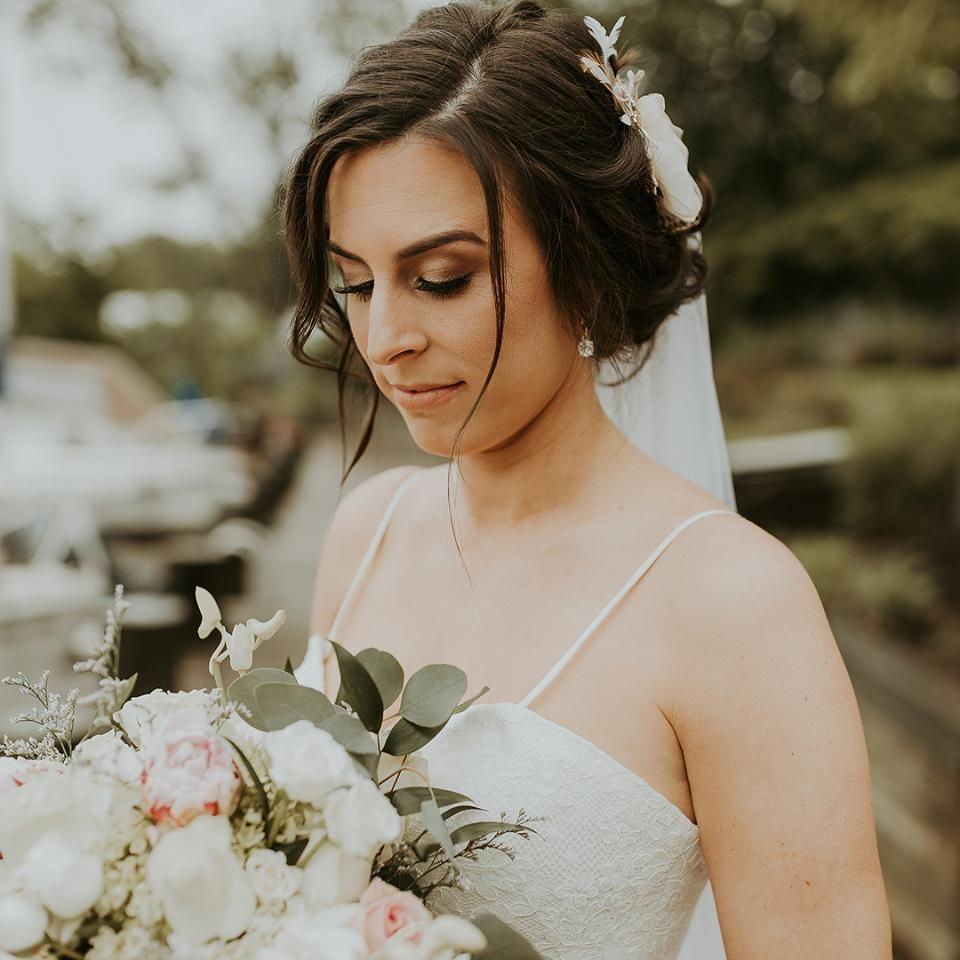 pin by varuna salon & spa on varuna bridal hair & make up