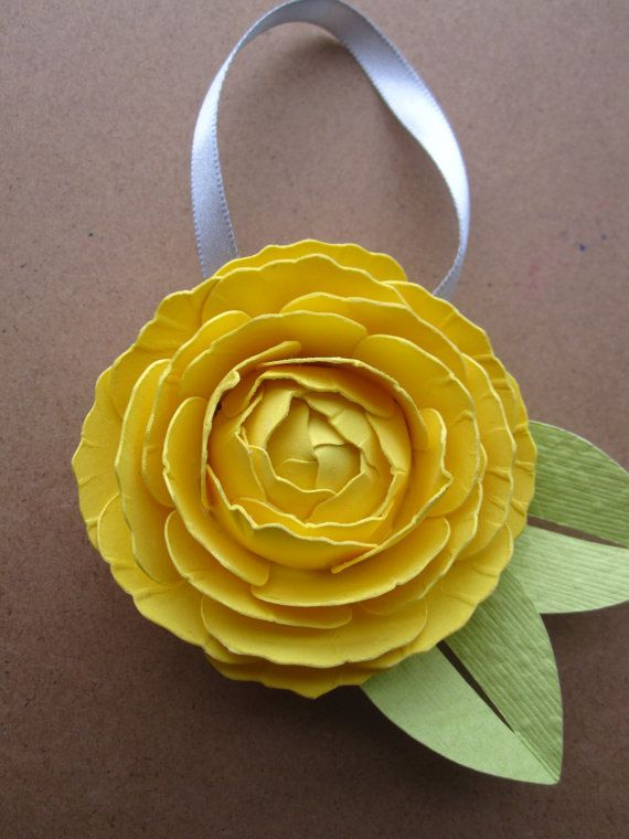 Ranunculus Ornament GRAB BAG by sunnyandstumpy on Etsy