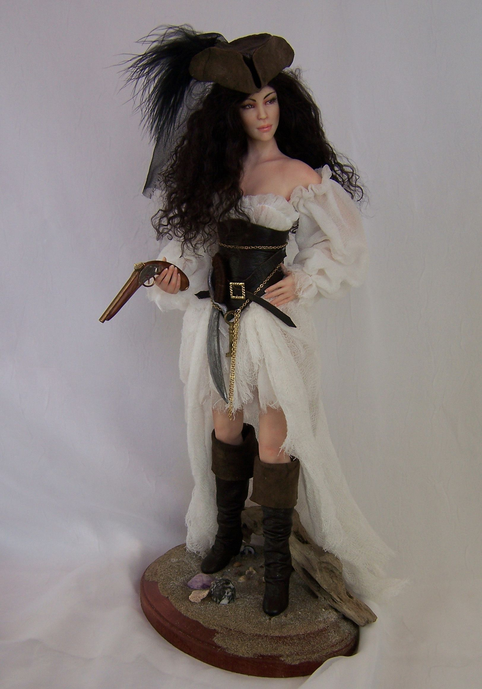 One Of A Kind Pirate Sculpture By Phyllis Morrow Of Pgm