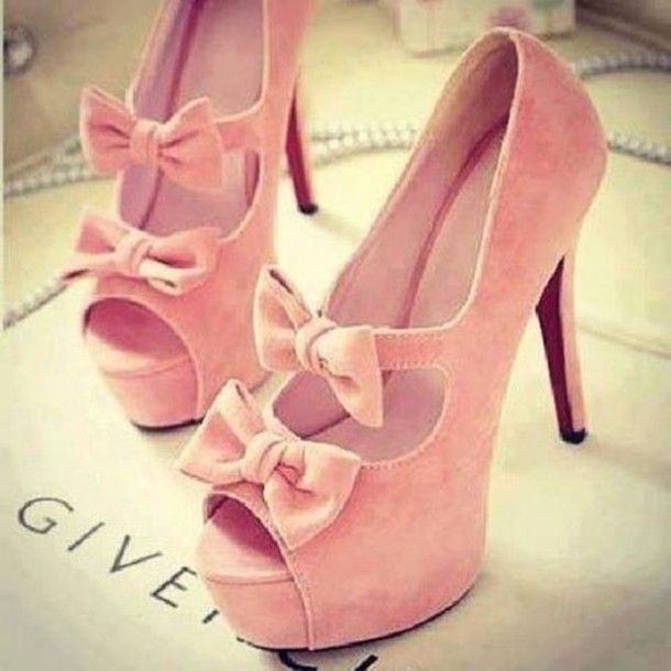 1000  images about Tacones ♡ on Pinterest | Pump Wedges and Walk in