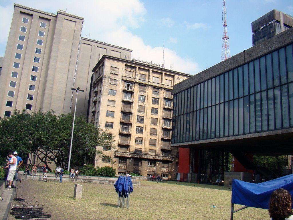 Clásicos de Arquitectura: Museo de Arte de São Paulo / Lina Bo Bardi