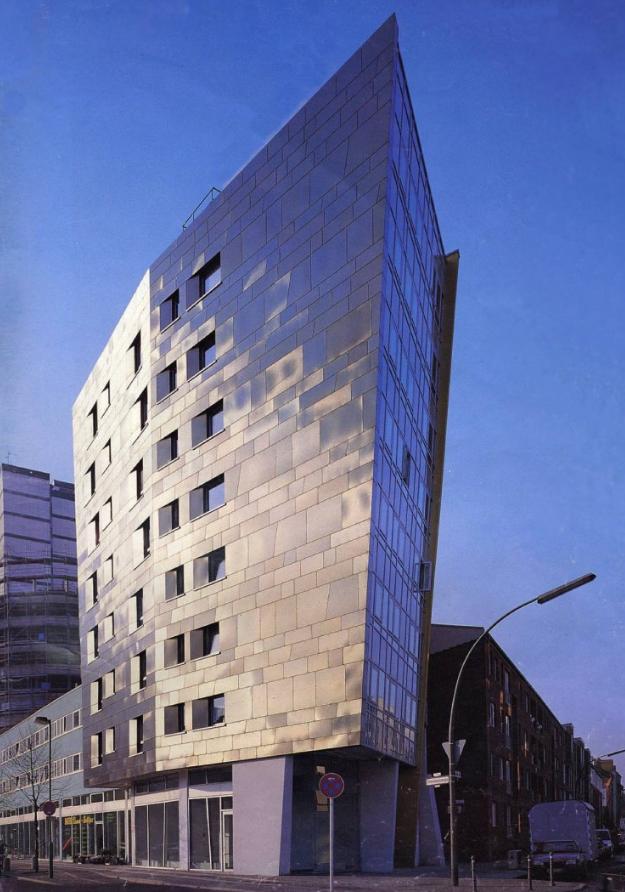 Iba housing in berlin zaha hadid architects - Beruhmte architektur ...