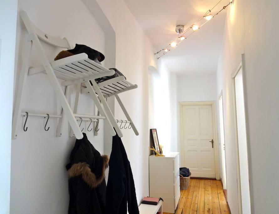 Kreative Garderobe kreative schöne garderobe aus stühlen für den flur diy garderobe