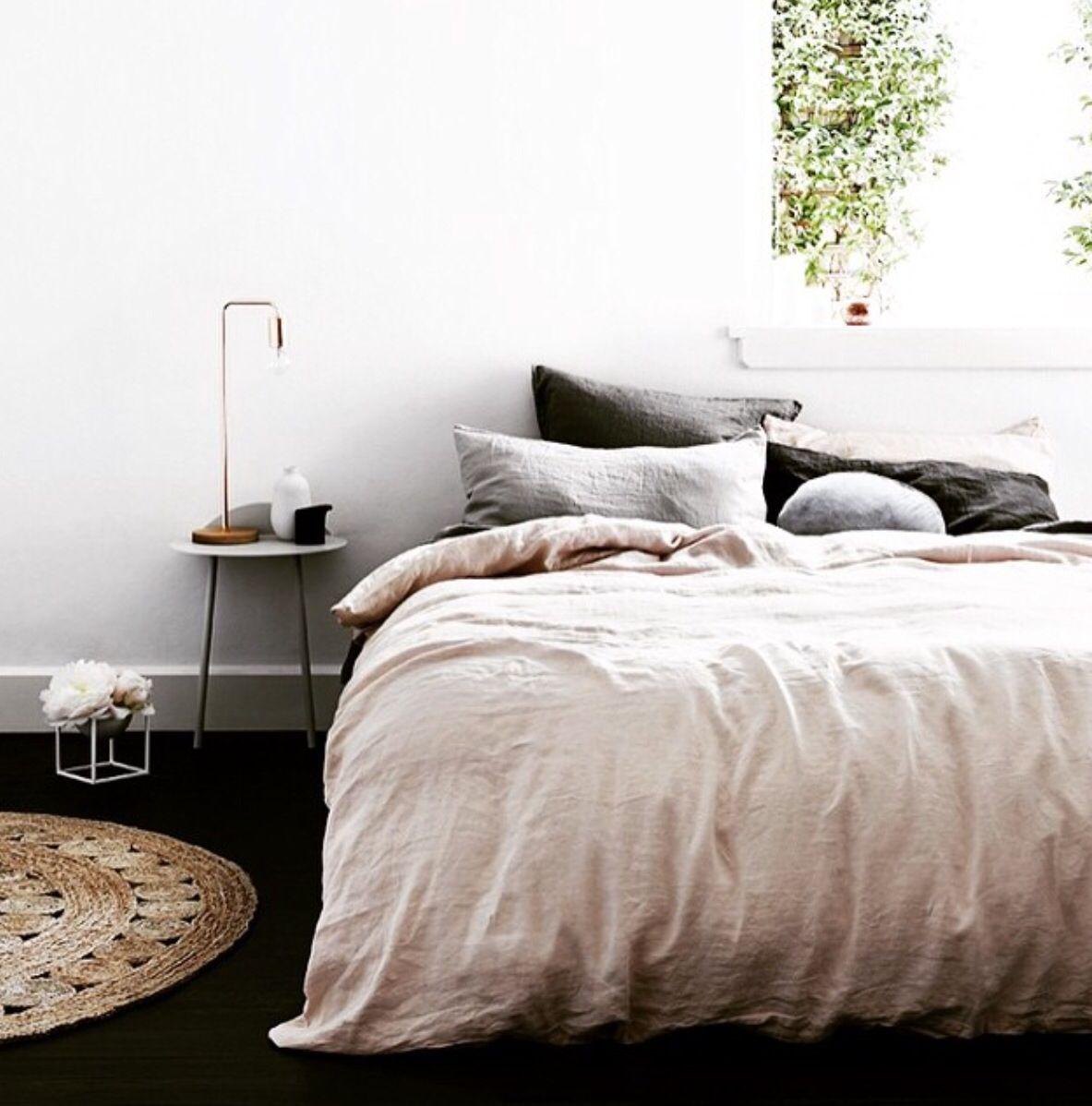 Oud-roze   Slaapkamer   Pinterest   Bedrooms and Decorating