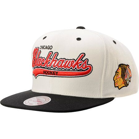 8cf26268e2d The Chicago Blackhawks Tailsweeper hat from Mitchell   Ness is a great way  represent one of America s favorite NHL teams. This wool blend throwback  snapback ...
