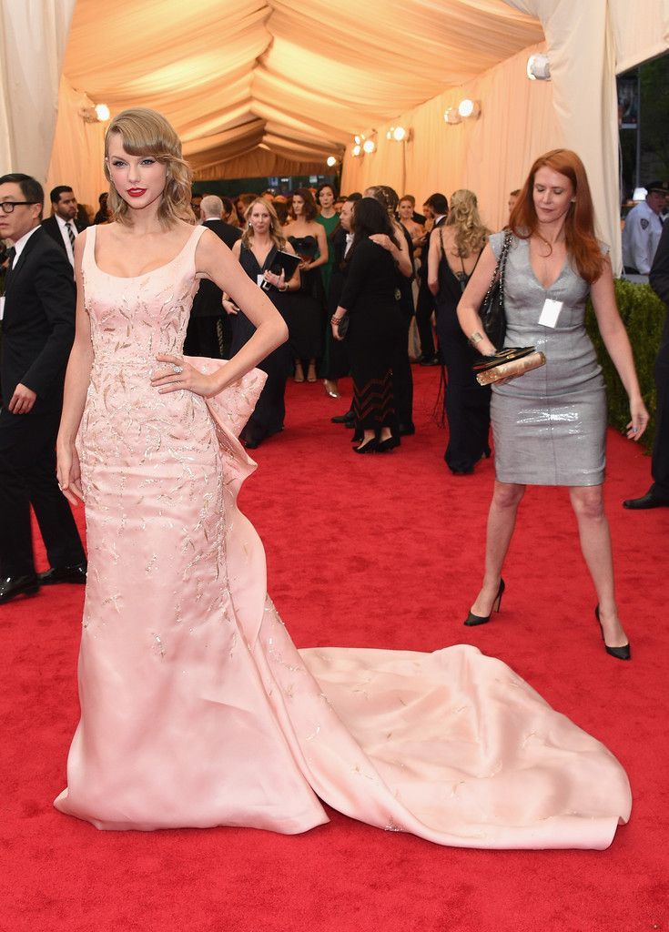Taylor Swift Photos Photos: Red Carpet Arrivals at the Met Gala — Part 3