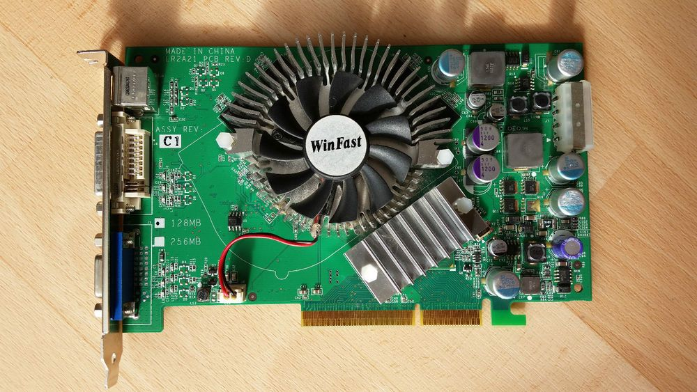 LEADTEK WINFAST A6600GT 6600GT LR2A21 128MB AGP VGA DVI TV Grafikkarte