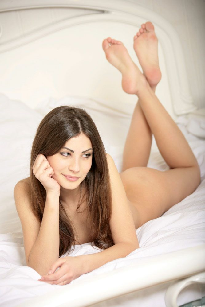 Necket pussy herin sex photo