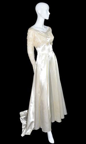vintage wedding gown lace satin