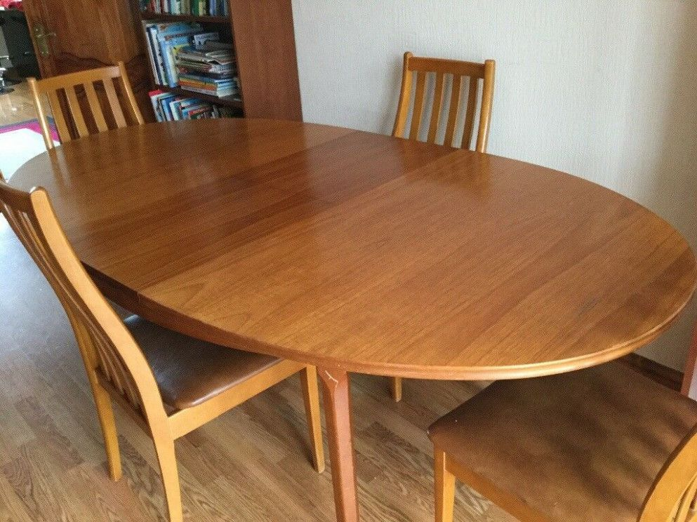 Vintage Oval Extending Teak Dining Table And 9 Chairs