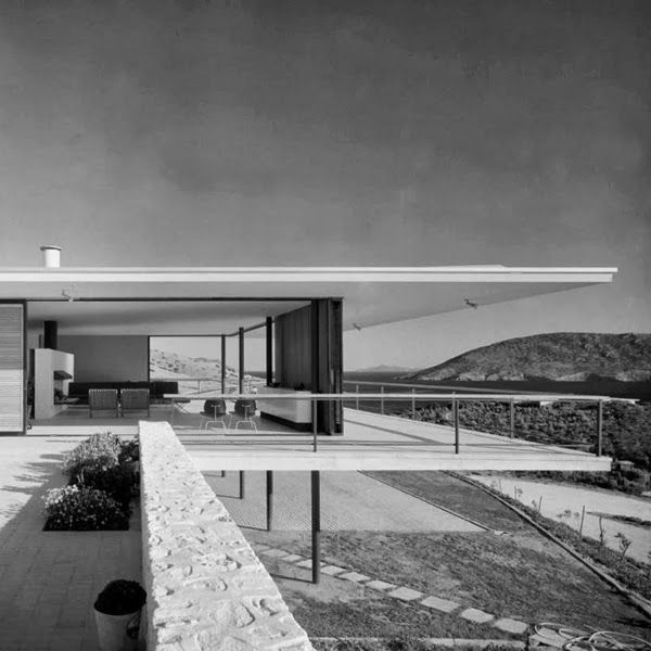 Pin von domizil haus und projekt auf cliff pinterest for Wochenendhaus modern
