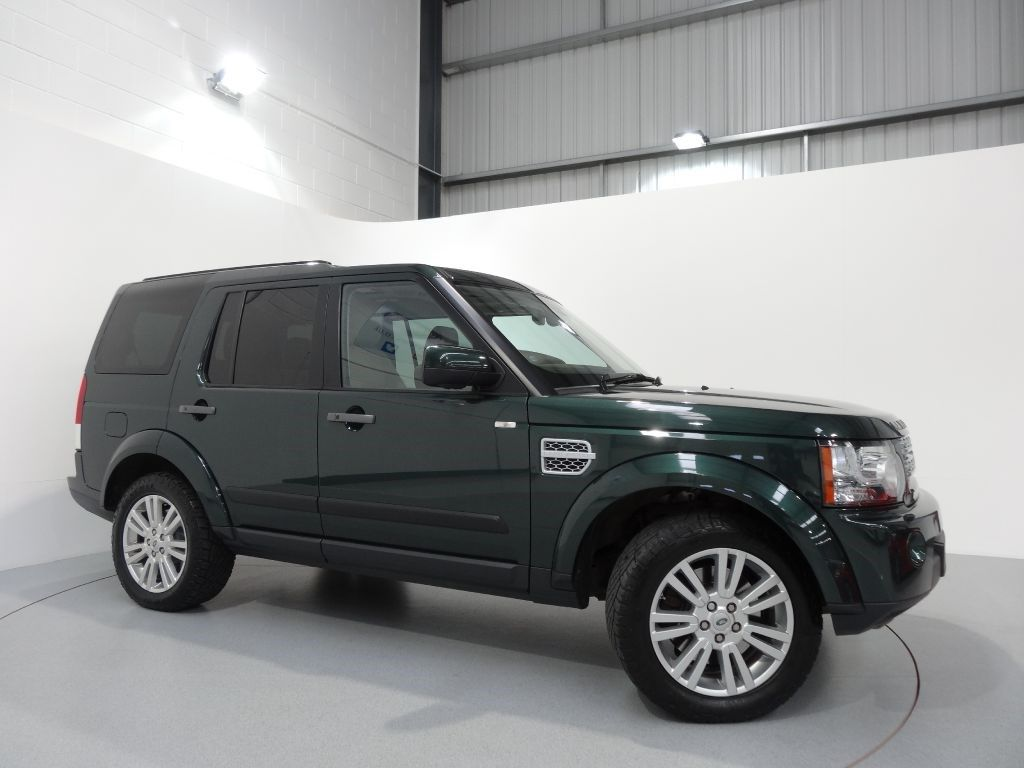 land rover discovery 4 3 0 sdv6 hse finished in galway green with premium almond leather. Black Bedroom Furniture Sets. Home Design Ideas