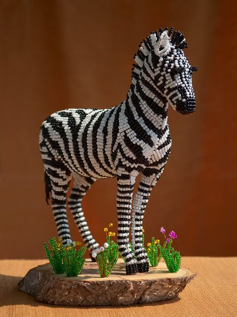beaded figure beaded 3d animals pinterest perlentiere perlenkunst und perlen. Black Bedroom Furniture Sets. Home Design Ideas