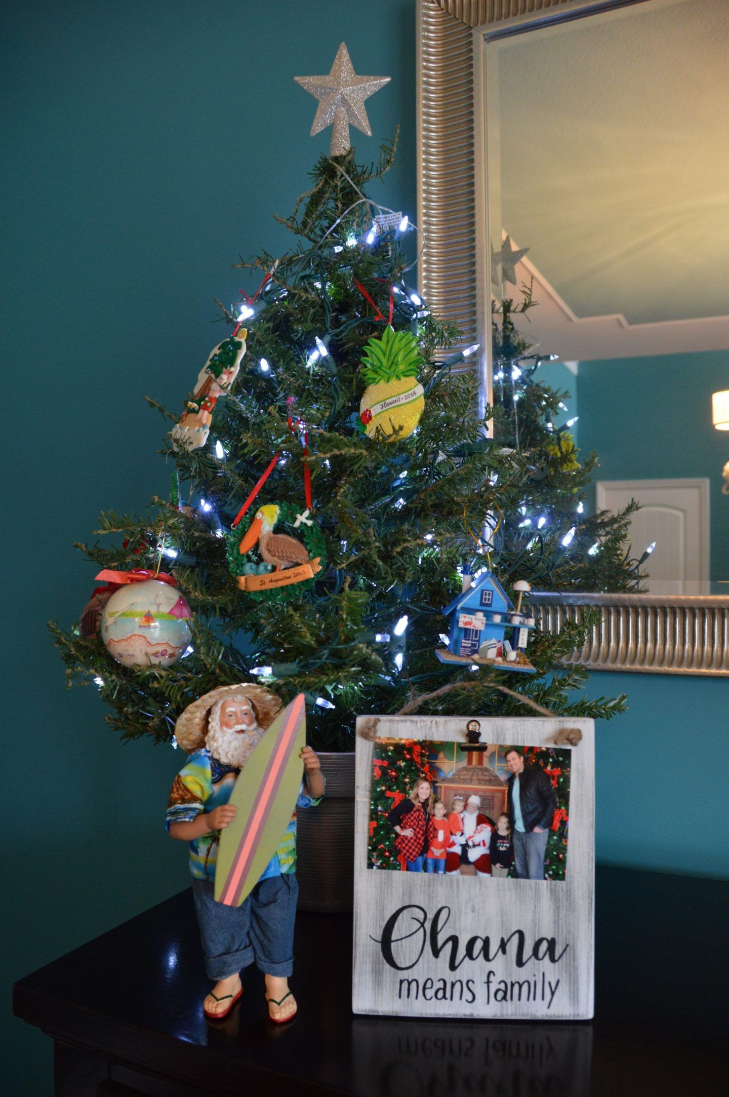Hawaiian Christmas Lilo And Stitch Party Decor With Images