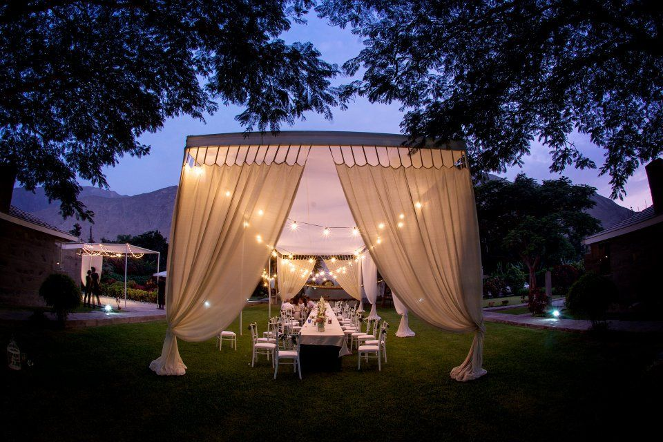 toldo vintage y luces del sol y sombra ! | White Party | Pinterest ...