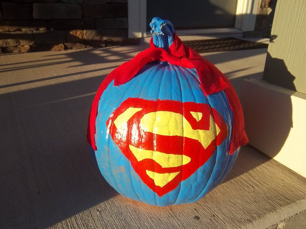 Pin by Shawn Benjamin on Holiday Ideas Superman pumpkin