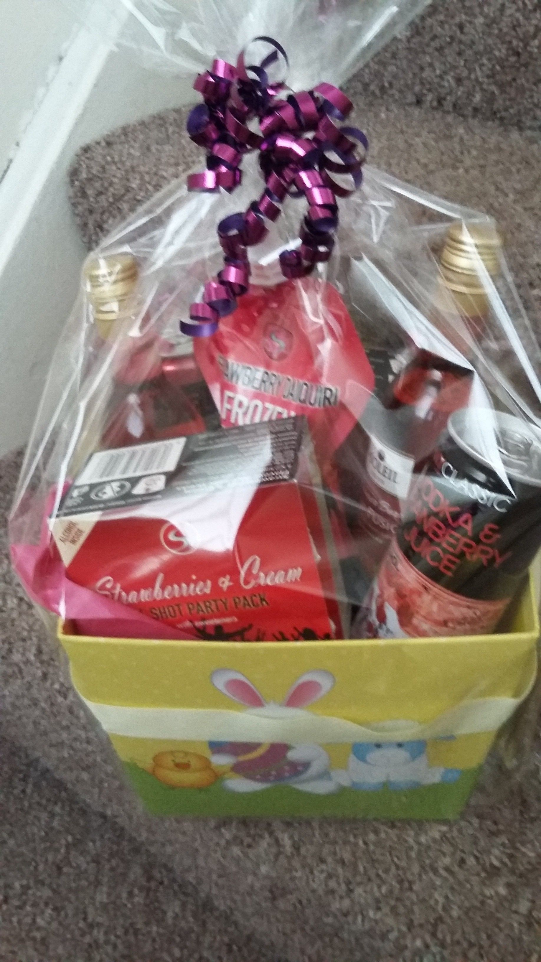 Drink Hamper For A 20 Year Old Who Has Grown Out Of Eggs But Has Discovered Drink Party Packs Gift Hampers Mason Jars