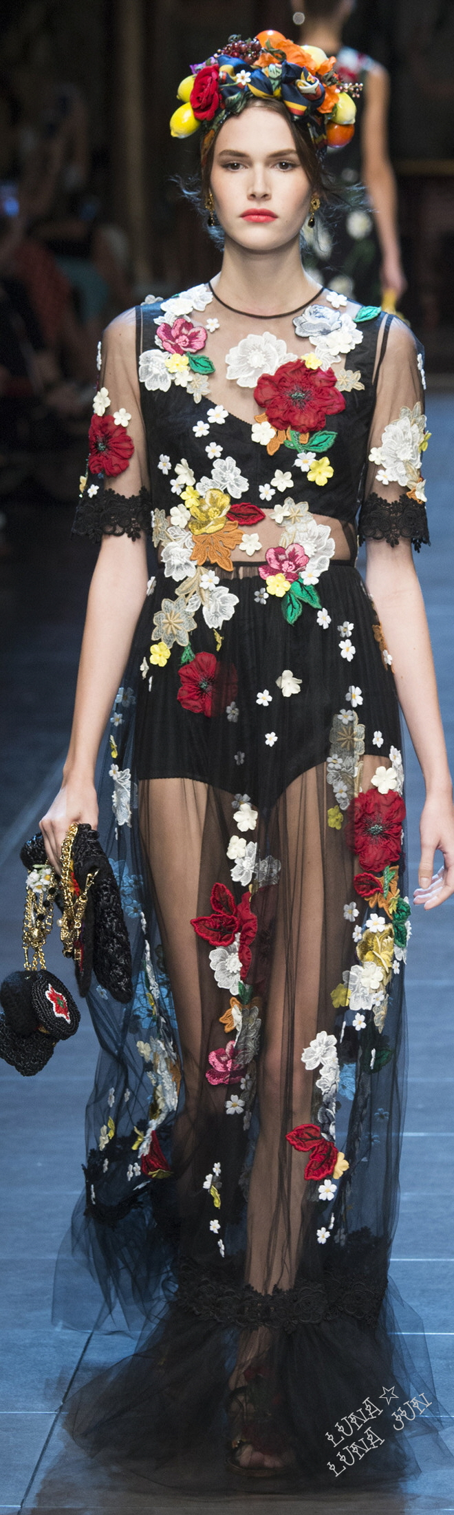 Dolce   Gabbana Spring 2016   D G in 2018   Pinterest   Fashion ... 64cf7c12224f