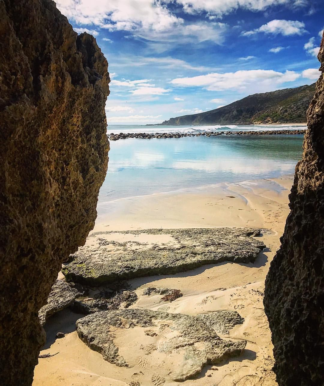Kangaroo Island Beaches: Hidden Beaches Of Kangaroo Island Szłam Skalnym Tunelem