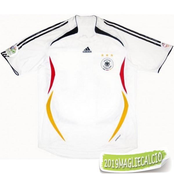 Pin di Andrea Romano su Football Kit Designs | Maglie, Calcio ...