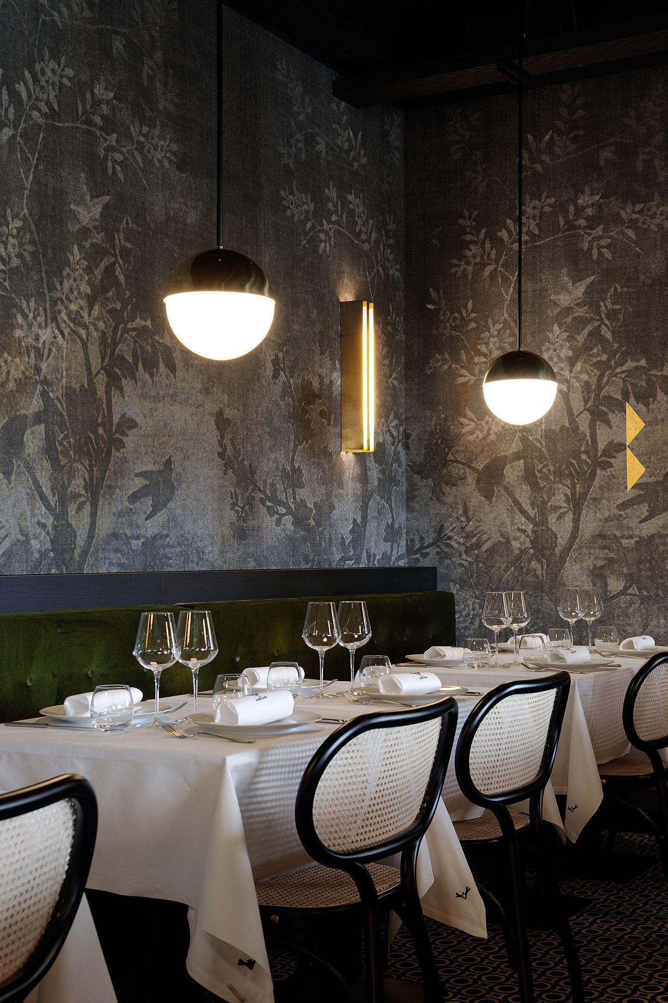 Restaurant La For T Noire Lyon D Coration Claude