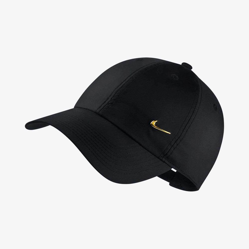9910ca4e3ca3 Nike Metal Swoosh H86 Unisex Kappe Damen Herren Kinder Mütze Schwarz Gold 1  Size   Kleidung