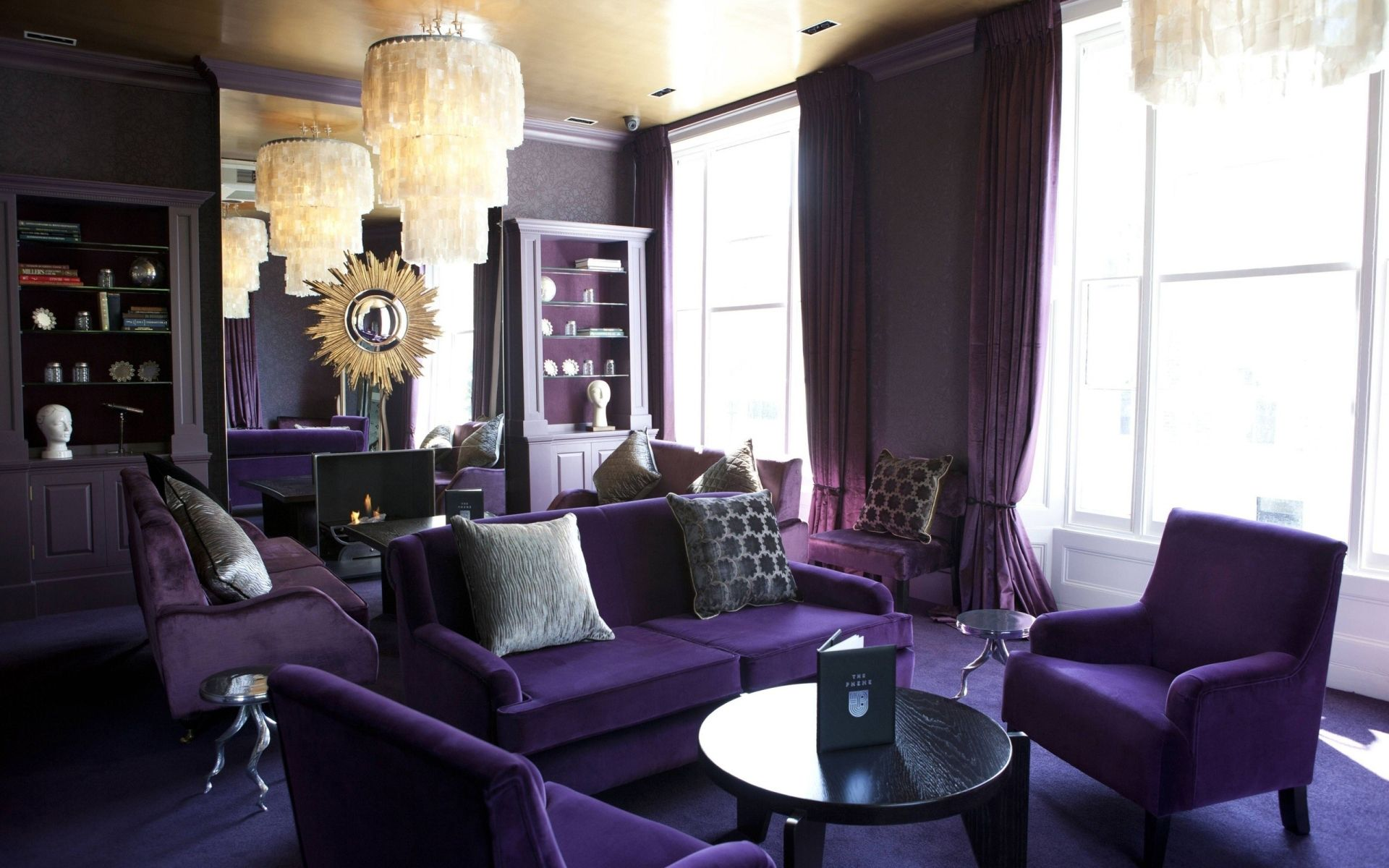 Lovely Purple Accent Living Room Design Ideas