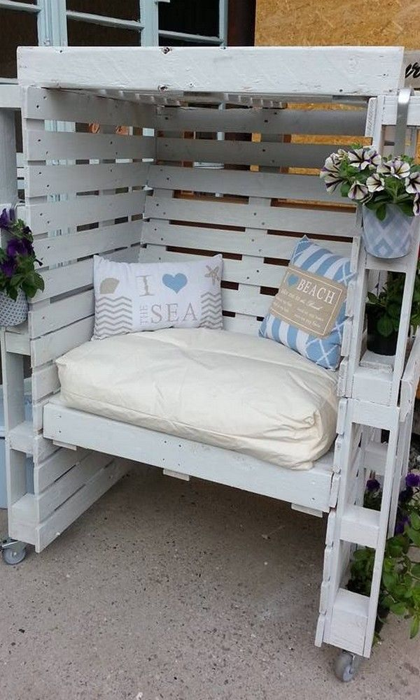 turning pallets into furniture. 22 Fascinating Ways Of Turning Pallets Into Unique Pieces Furniture - The ART In LIFE
