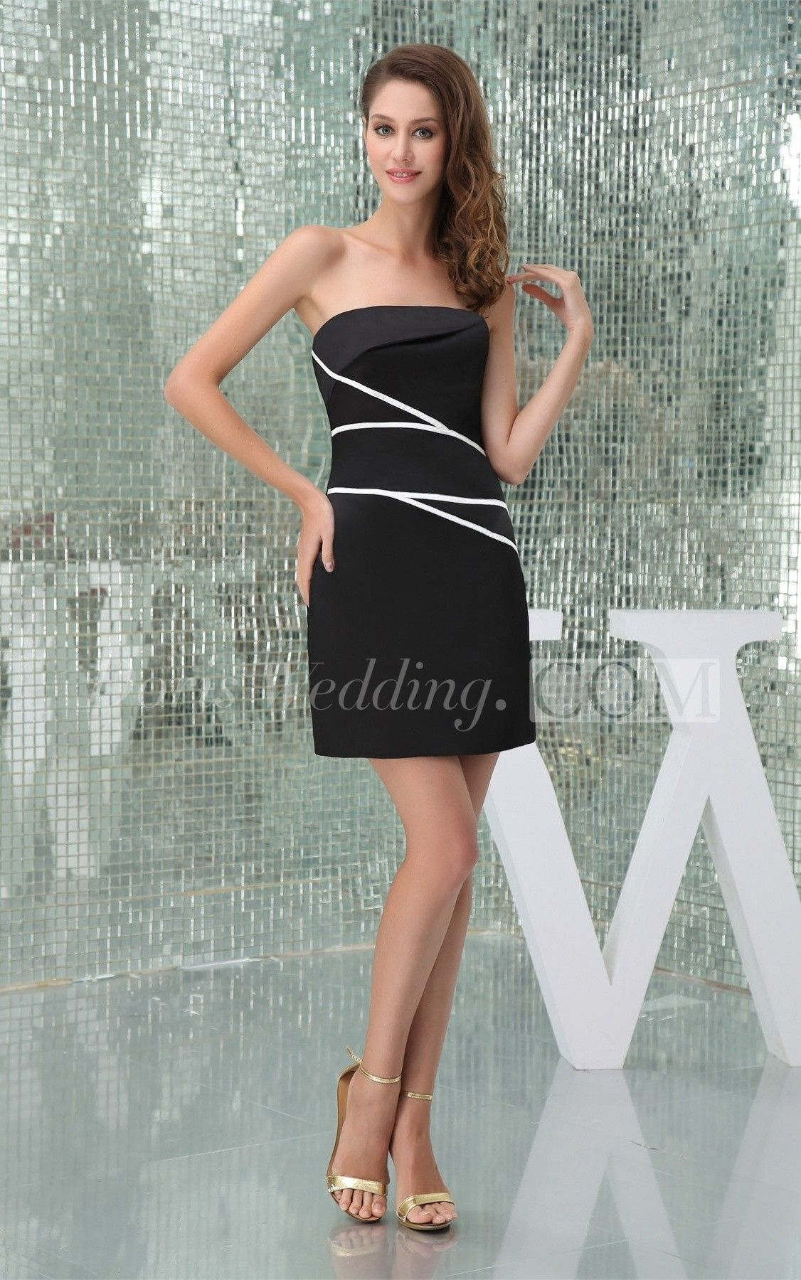 Black dress under white graduation gown - Black Dress Under White Graduation Gown 29