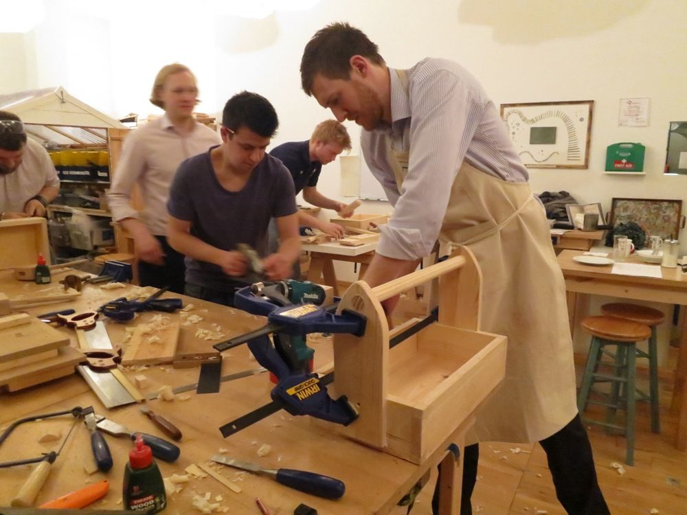 Beginners carpentry woodwork at diy autour