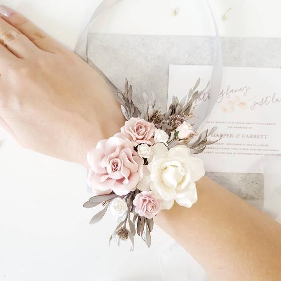 Flower wrist corsage, White Gray Flower wrist corsage, Bridesmaids corsage, Boutonnières